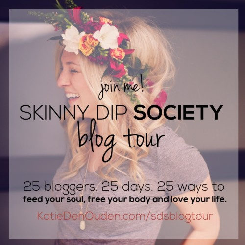 sds_blog-tour_badge_flowerheadpiece
